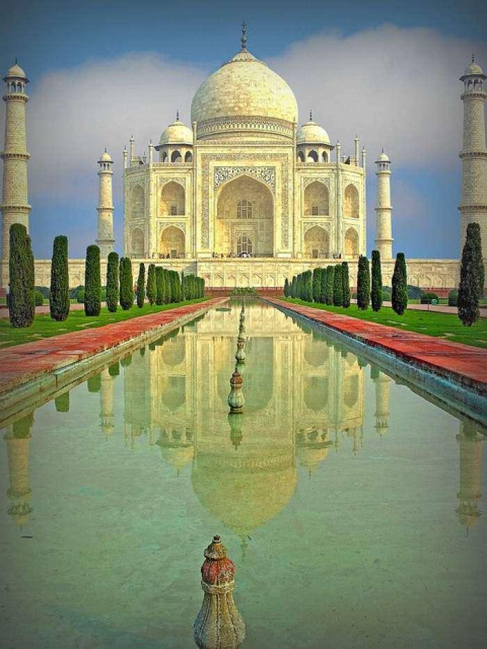 Agra11