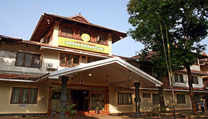 Ayur Centre Pte.Ltd
