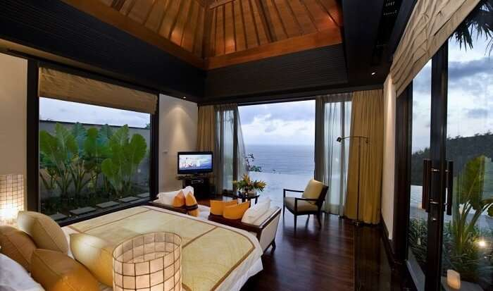 cosy rooms in banyan tree ungasan with private pool