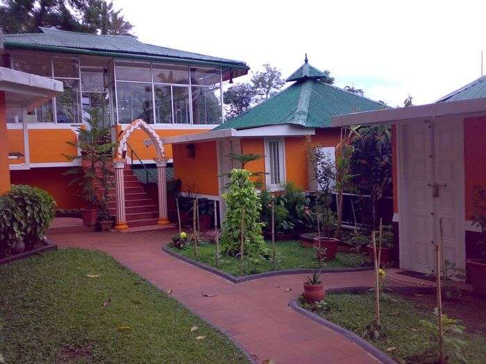 Cottages of the Bella Vista resort guarantee a budget stay among the hotels and resorts in Munnar