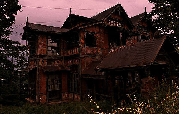 The spooky Charleville Mansion in Shimla on a summer evening