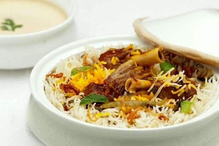 biryani served at dum pukht