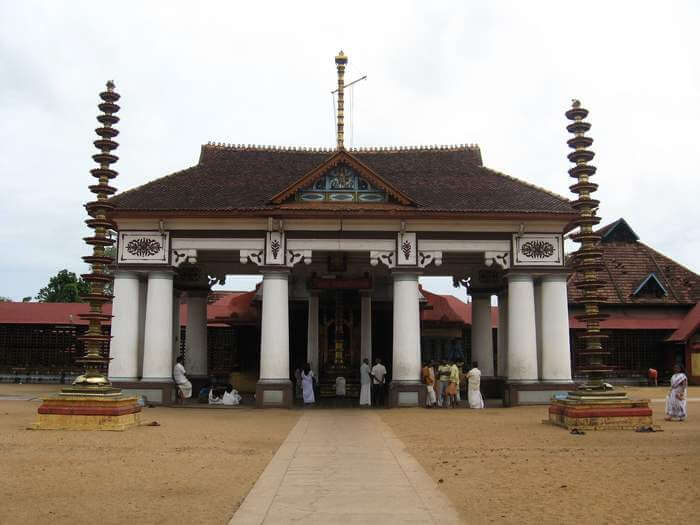 The beautifies back facade of Ernakulam Mahadeva Temple - One of the religious places to see in Cochin