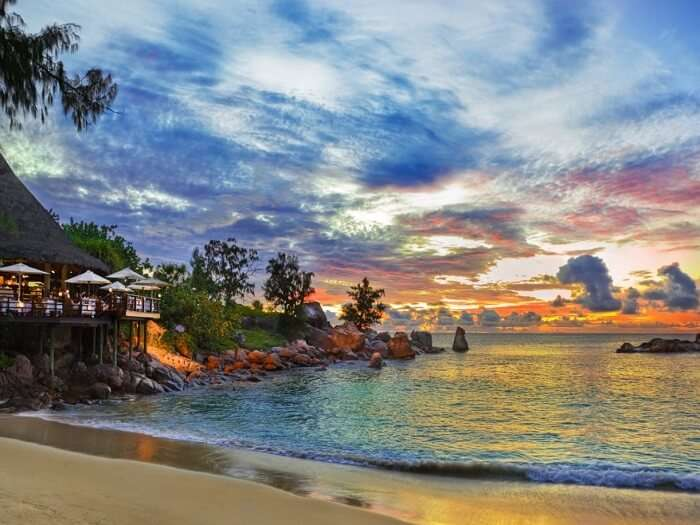 The stunning beauty of islands in Seychelles