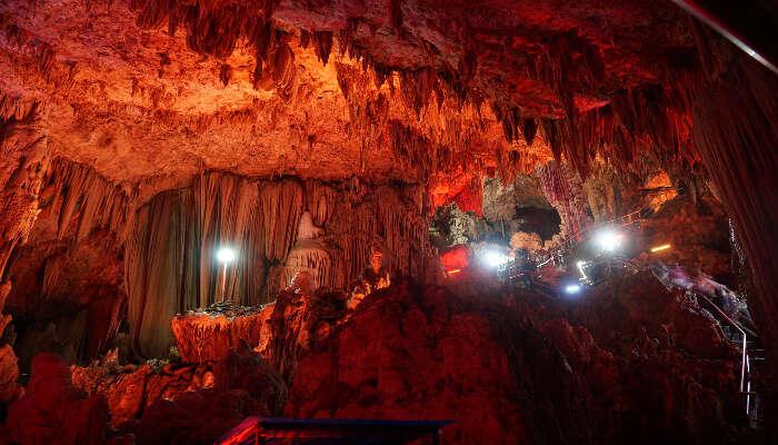 Goa Raja Cave