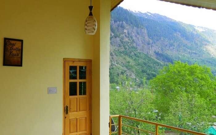 Idyllic Inn Manali verandah