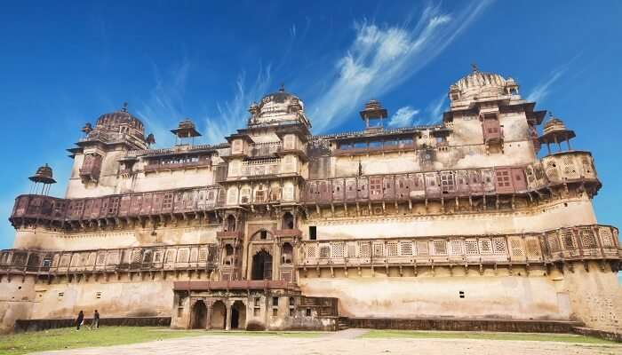 The popular Jehangir Mahal in Orchha