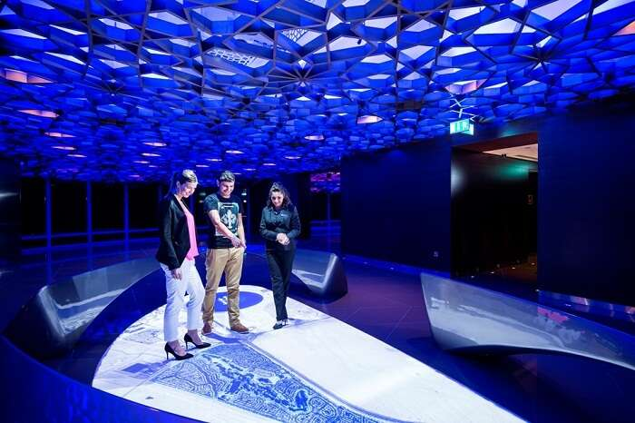 Tourists dazing in amazement at the beautiful designs of the Sky Lounge on 125th floor of Burj Khalifa