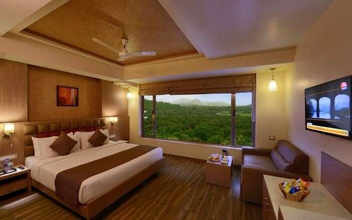 stay at lords resort in sasan gir