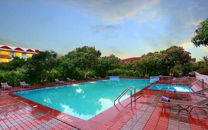 lords resort pool