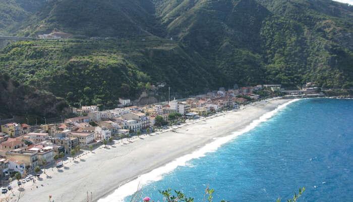 Marina Grande Beach Naples