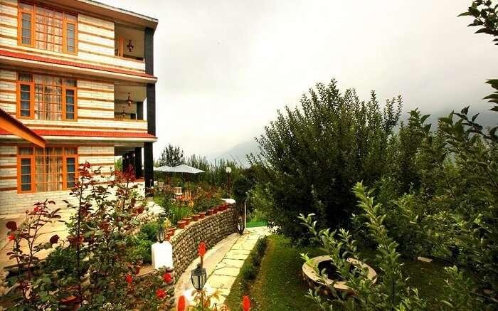 Naina Resort & Cottages