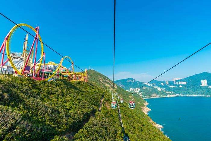 The cables cars at Ocean Park, among the prominent Hong Kong tourist places