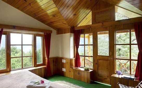 Treetops Cottages bedroom