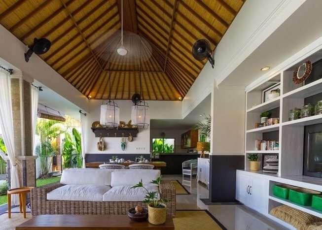 lounge area in umalas retreat 2