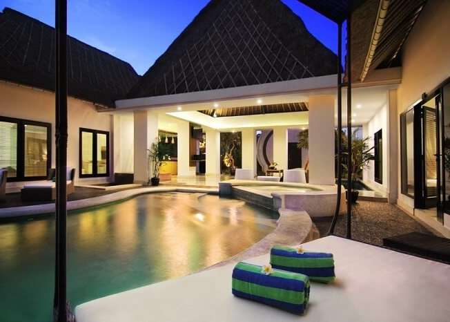 villa seminyak with pool and lounge area
