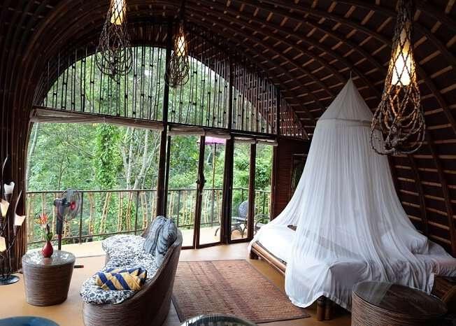 cosy rooms in villa awang awang