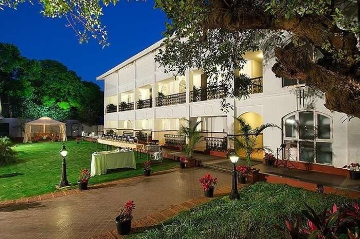 resorts in mahabaleshwar for couples