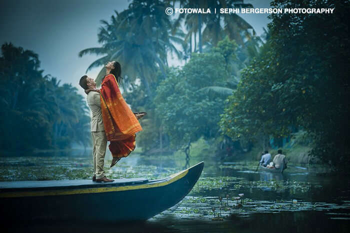 A couple celebrating valentine's day on a boat in Kumarakom
