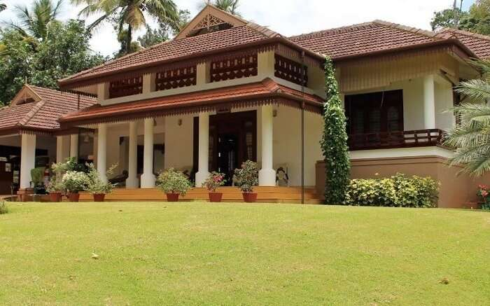 crystal homestay coorg