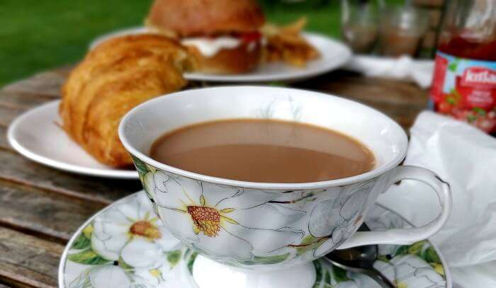 tea and french croissant in nainital