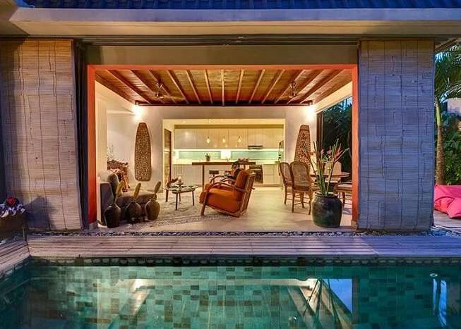 lounge area and open kitchen in rumah 88
