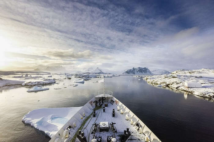 A cruise between frozen land of Antarctica and the surrounding islands