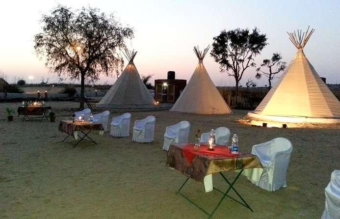 camps in umaid safari