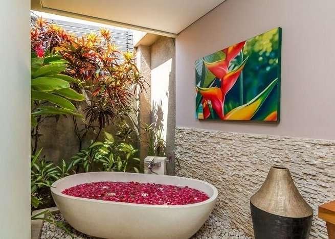 bathroom with bathtub in villa essence