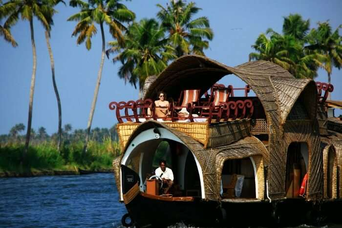 Stunning views of the backwaters on Shikara rides in Alappuzha, Kerala