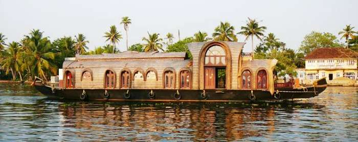 Take a houseboat ride on backwaters, Alappuzha