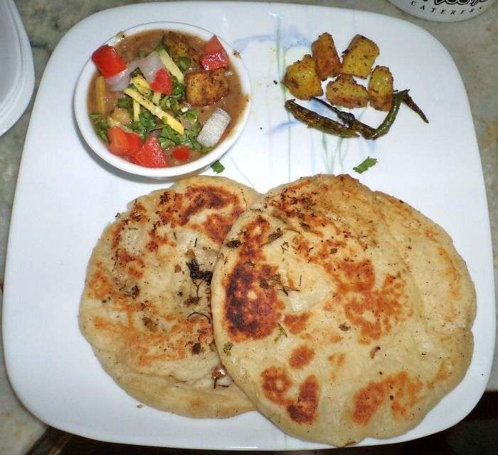 Famous Kalari Kulcha - the king of Jammu street food