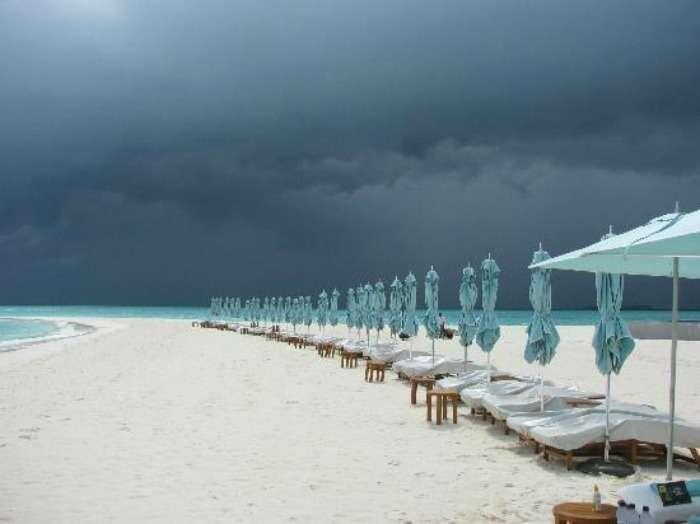 Maldives weather tropical climate with abundant rainfall