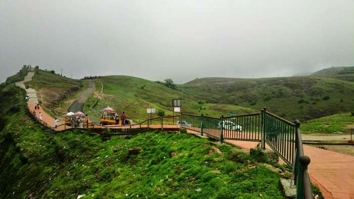 Parunthumpara View Point is perfect for hiking, Vagamon