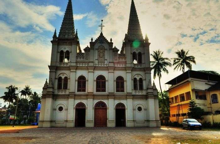 Santa Cruz Cathedral Basilica in Cochin