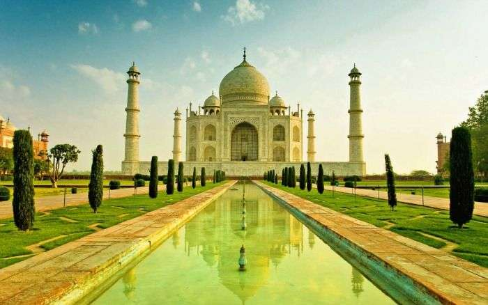 Taj Mahal Agra- an incredible road trip near Delhi