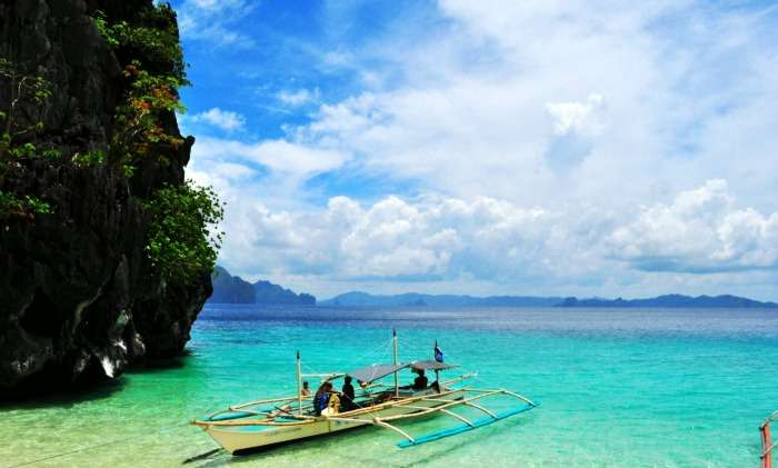 Explore the pristine beauty of El Nido island Philippines