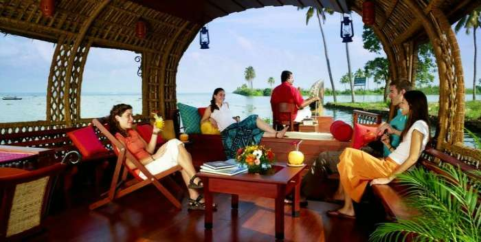 Houseboat cruise at the most serene Padanna Backwaters