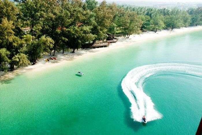 Speed Boat Rides at Ochheuteal Beach in sihanoukville, Cambodia