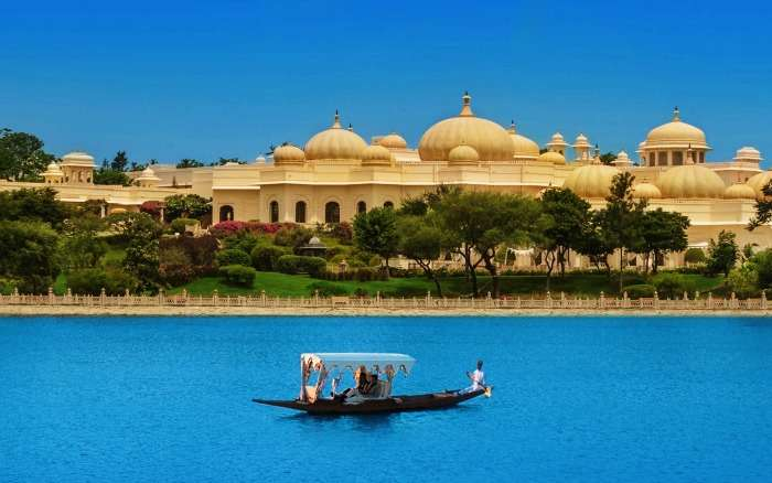 The Oberoi Udaivilas Udaipur, a more luxurious location for Valentine's Day