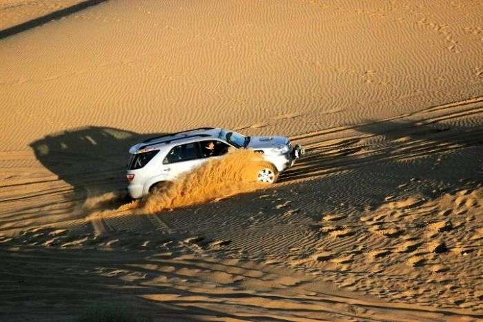 Sand dune bashing in Jaisalmer