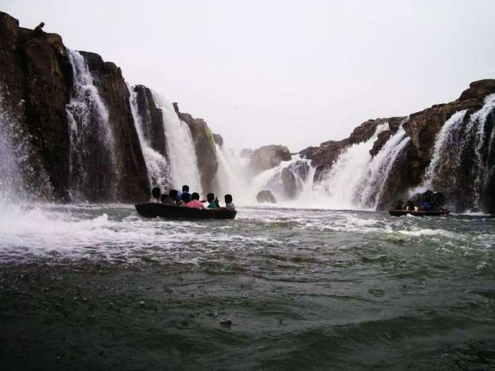 Coracle boat rides in Hogenakkal Waterfalls near Bangalore