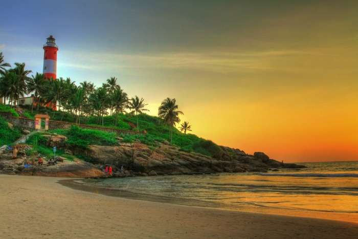 Sunset at most romantic Lighthouse beach (Kovalam)