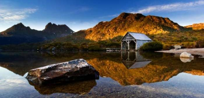 The clear waters of Dove Lake, Tasmania, Australia