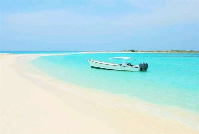 The clean waters of Los Roques