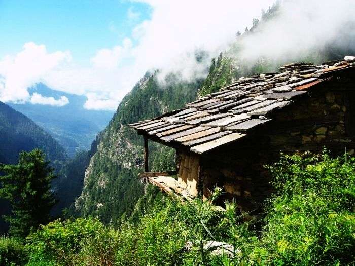 Foggy mountains of Malana, Himachal Pradesh