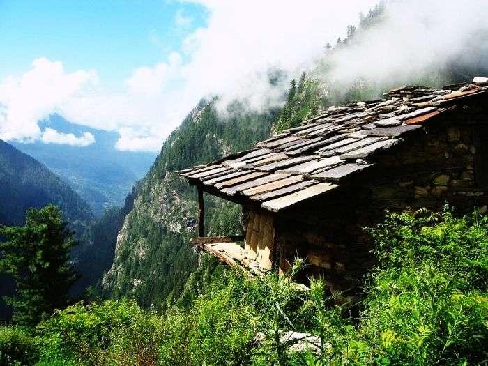 Foggy mountains of Malana, Himachal Pradesh