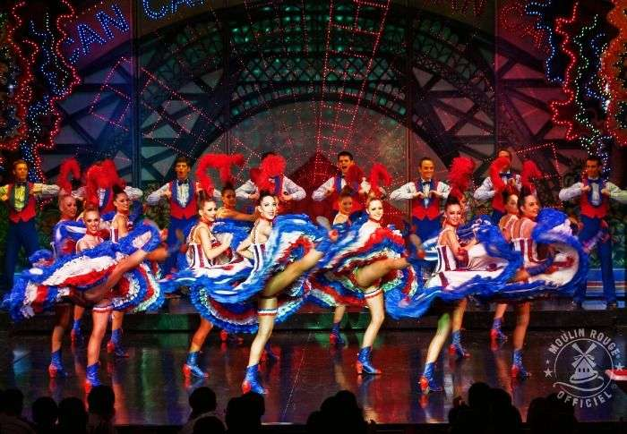 Enjoy the classic Moulin Rouge experience