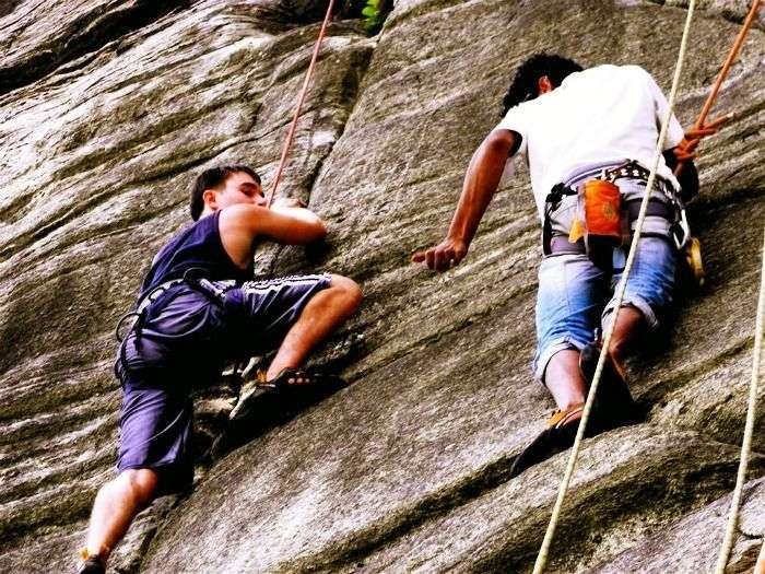 Instructor-led rock climbing in Madhya Pradesh