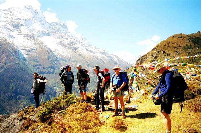 Sandakphu trek offers panoramic views of the lofty himalayan peaks